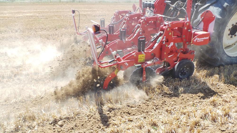 Il Kultistrip di Kverneland è una delle attrezzature ammesse dal PSR Emilia-Romagna.