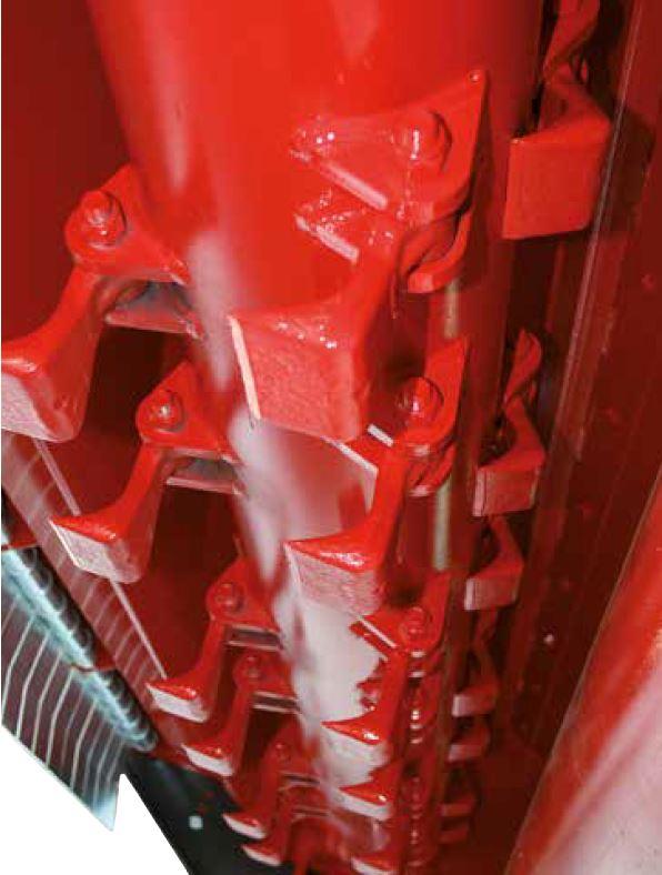 Le slitte e il rullo autopulente del rotore aiutano a controllare la profondità di lavoro.