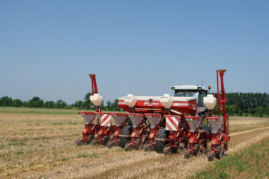 La semina su sodo, per ritenere valido il pagamento del premio e superare i controlli in azienda, va effettuata con seminatrici idonee.