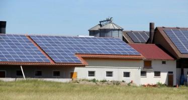 Risparmio energetico e ristrutturazioni in edifici rurali: i benefici fiscali scadono il 31 dicembre 2015