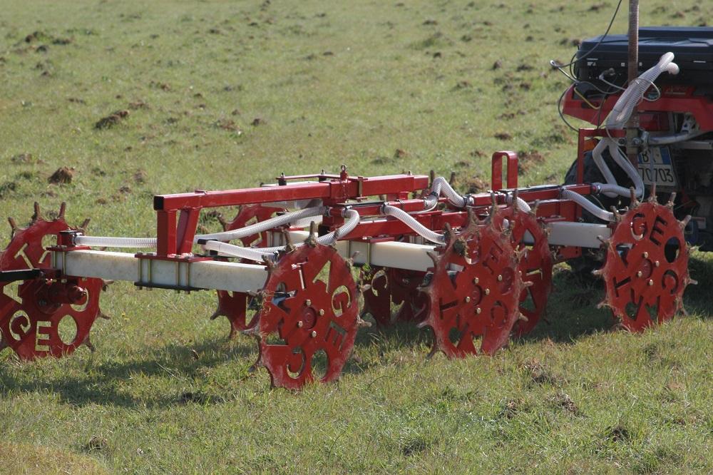 L'analisi della resistività con questa attrezzatura permette di iniziare il percorso dell'agricoltura di precisione, in quanto fa capire all'agricoltore in quali zone il terreno è più argilloso e in quali è invece sabbioso o di medio impasto.