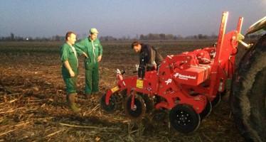 Le Colombaie: messo in campo il Kverneland Kultistrip per preparare 100 ettari a mais nel 2016