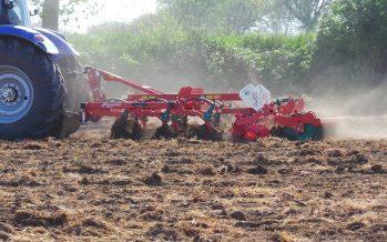 """Gasolio agricolo agevolato, nuove disposizioni: ecco le tabelle """"ettaro coltura"""""""
