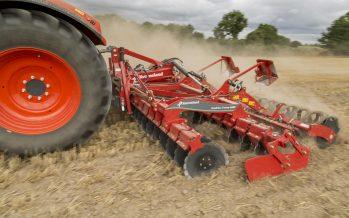 Corretta miscelazione delle stoppie e taglio perfetto: l'erpice Qualidisc sui terreni aridi