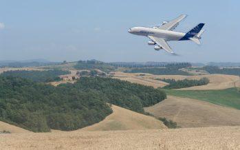 Agea vende i suoi aerei invece di pagare gli agricoltori