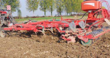 Agricoltori, il trattore non è più uno status symbol. Sono gli attrezzi che fanno guadagnare